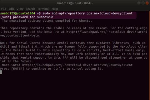 Terminal-Fenster mit Befehl zum Hinzufügen des Nextcloud Repositories